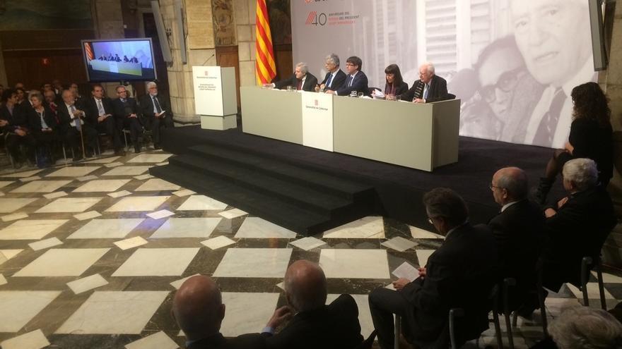 Puigdemont ve a Cataluña preparada para la alta política y pide al Estado que también lo esté