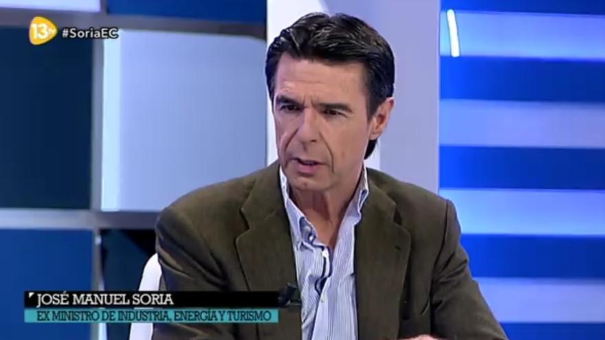 José Manuel Soria durante la entrevista en 'El Cascabel' de 13TV
