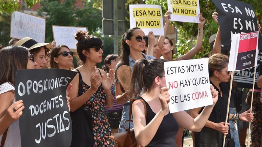 Manifestación contra los resultados de las oposiciones de Educación en Murcia de hace dos años