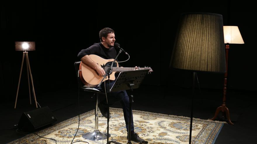 El cantant valencià Pau Alabajos