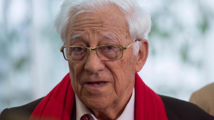 El padre Ángel funda una Fraternidad con vocación de expansión internacional