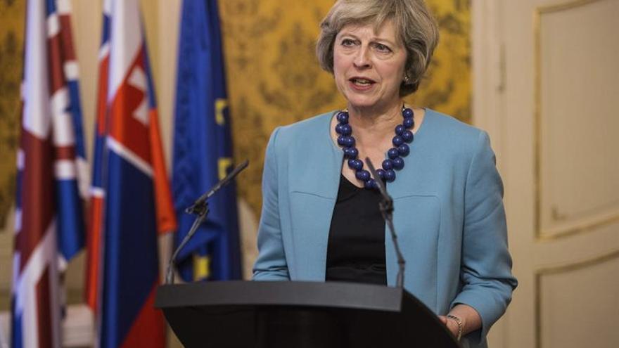 """May asegura en China que no hay vuelta atrás:""""El Reino Unido saldrá de la UE"""""""