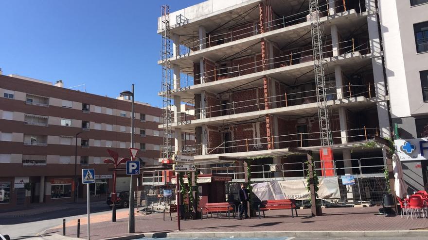 Reconstrucción de una vivienda en el quinto aniversario del terremoto de Lorca / M.J. Alarcón