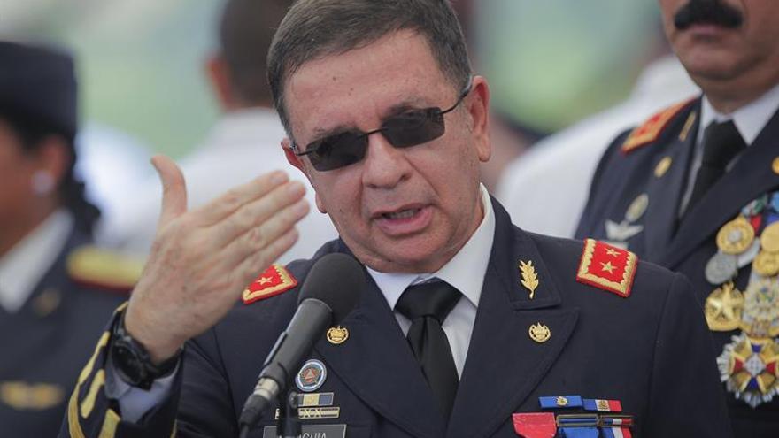 Ola de asesinatos de policías empaña la disminución de los homicidios en El Salvador