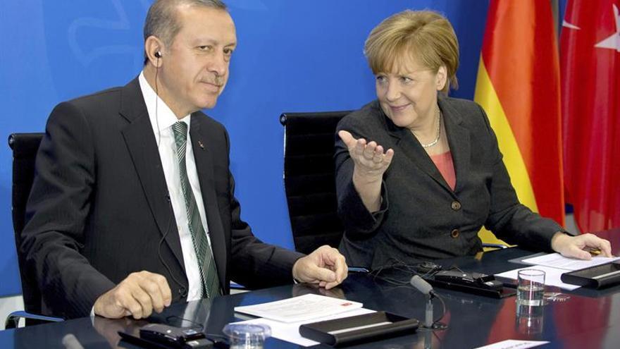 Erdogan insta a la UE a que declare de una vez que no admitirá a Turquía