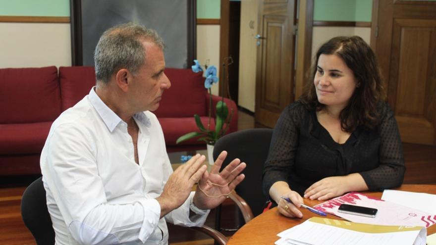 La alcaldesa de Candelaria, María Concepción Brito, y el concejal de Educación, Fernando Alduán