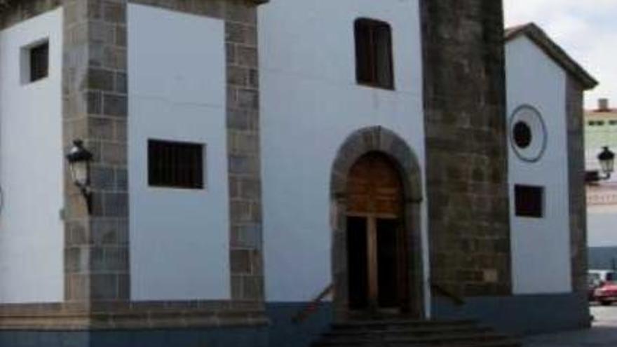 Entrada a una iglesia en Tejina, en el municipio tinerfeño de La Laguna