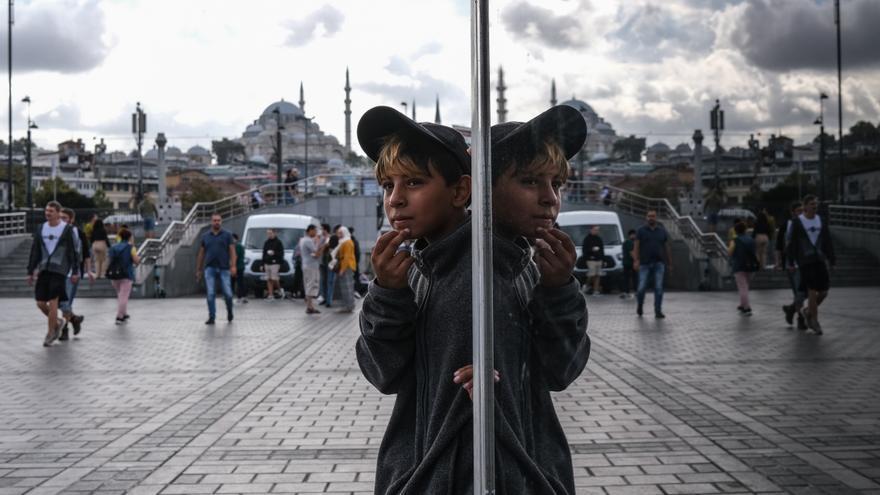 Erdogan asegura a Alemania que Turquía no puede asumir a más refugiados