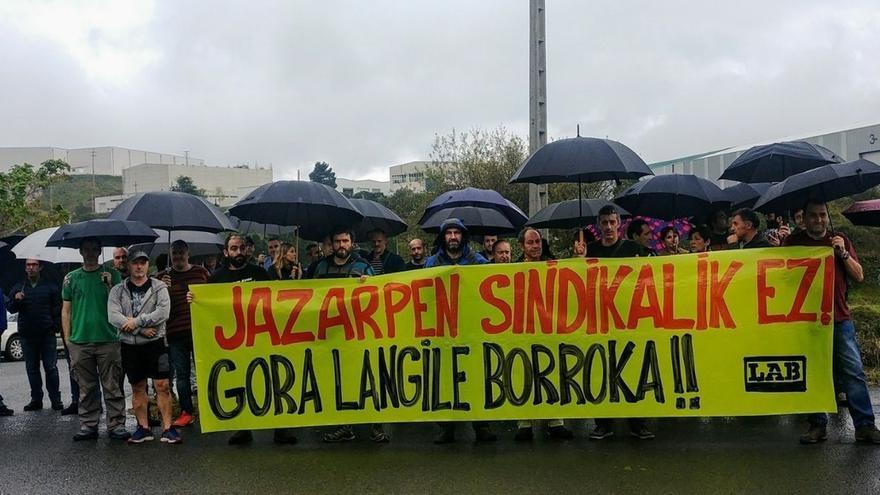 "LAB denuncia ""discriminación y ataque a la libertad sindical"" en Reiner e Hijos de Itziar (Gipuzkoa)"