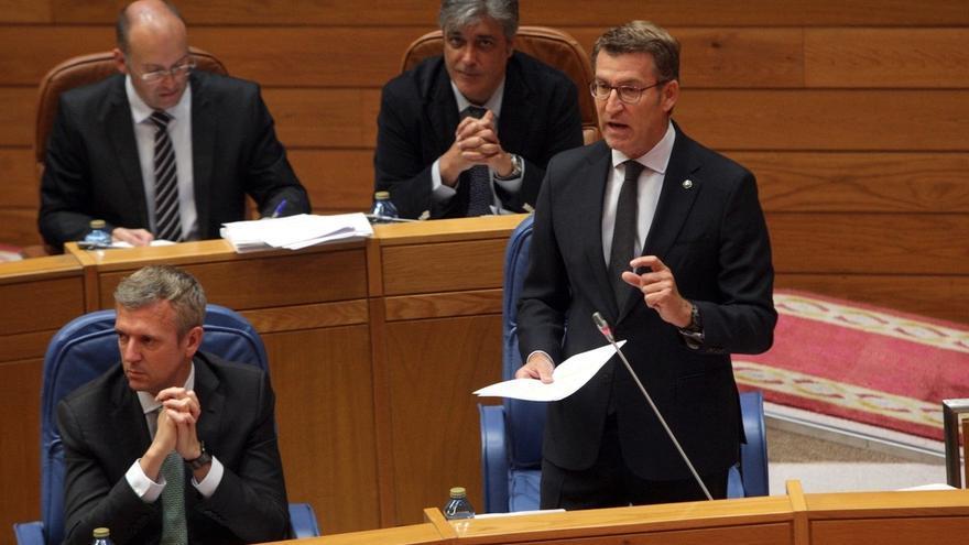 """Feijóo admite que la Xunta se ve """"desbordada"""" al no limpiar las franjas propietarios ni ayuntamientos"""