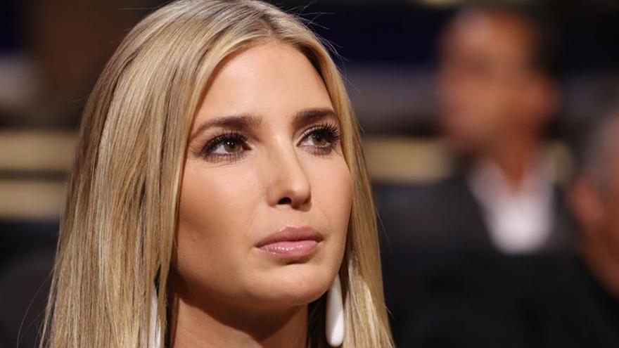 Ivanka Trump dice que su padre aceptará el resultado de los comicios en EE.UU.