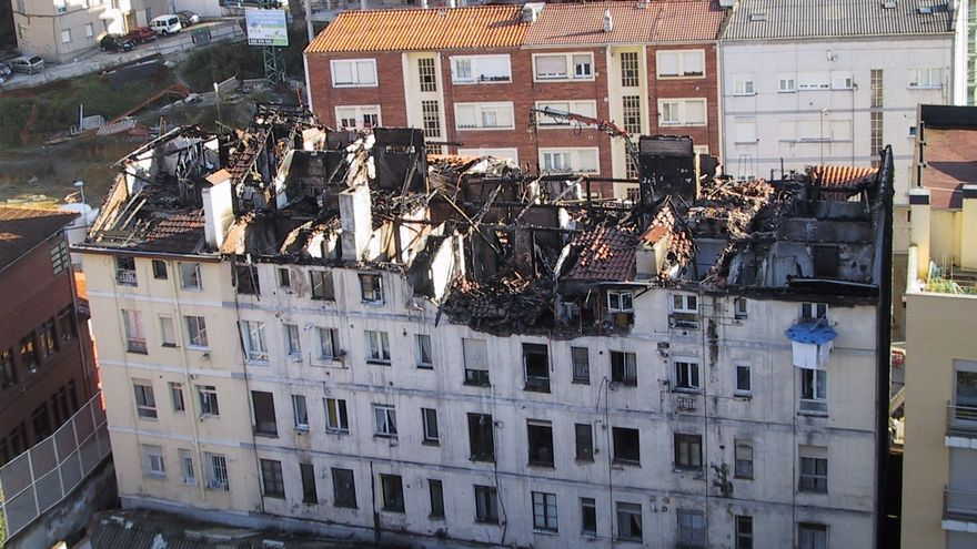 Los vecinos consideran que los trabajos de prevención que se realizaron tras el incendio fueron excesivos.