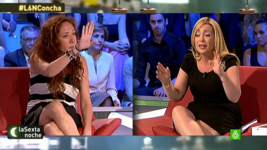 Paloma Zorrilla (dcha.) discute con la periodista Cristina Fallarás en el programa La Sexta noche.