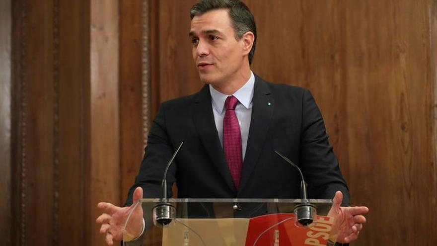 El PSOE firma este viernes un acuerdo de investidura con NC, Compromís y Teruel Existe