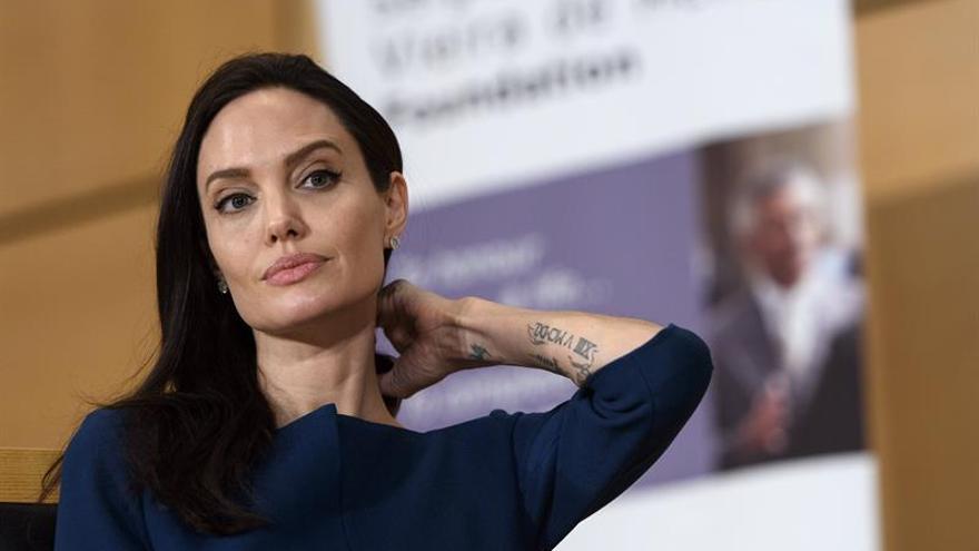 Angelina Jolie revela su experiencia con el productor Harvey Weinstein