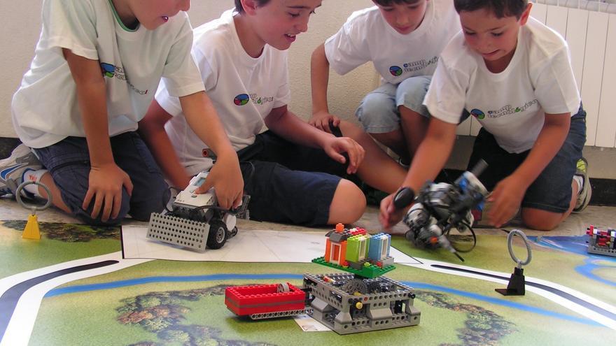 Más de 1.500 niños y adolescentes participan en la tercera edición de los Camptecnológicos, iniciativa surgida en Bilbao