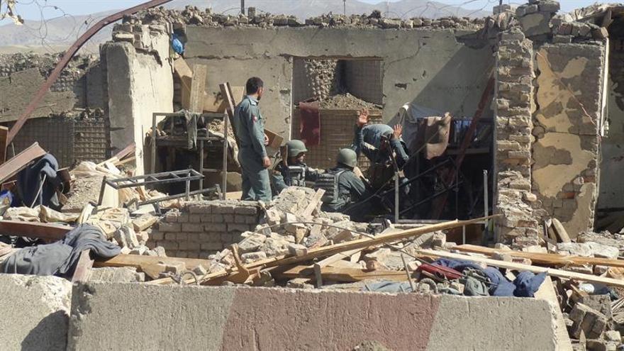 Ocho muertos y 15 heridos en un ataque talibán en el este de Afganistán