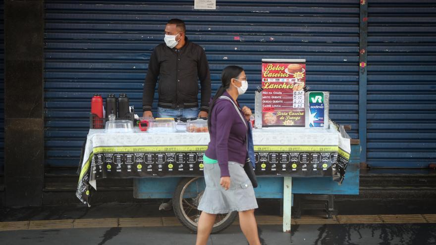 Brasil roza las 160.000 muertes y pasa de los 5,5 millones de casos por covid