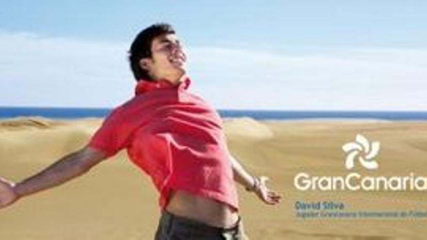 David Silva, en una campaña promocional.