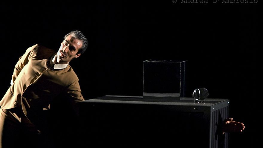 Representación de 'Absolutamente solo' de David Batignani.