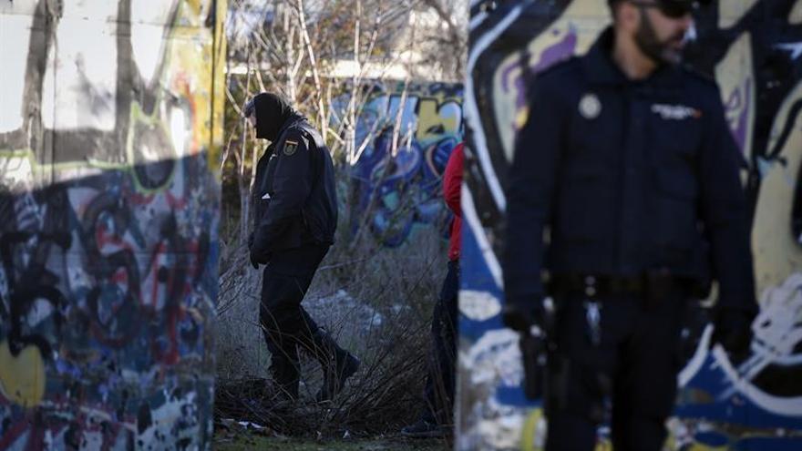 La Policía sigue buscando el kalashnikov de los yihadistas detenidos en Madrid