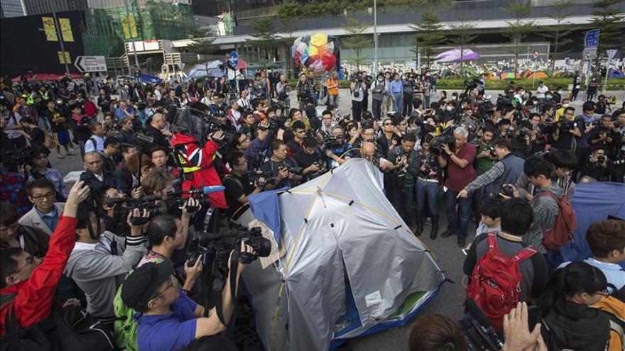 Los principales grupos de las protestas critican el asalto al Parlamento