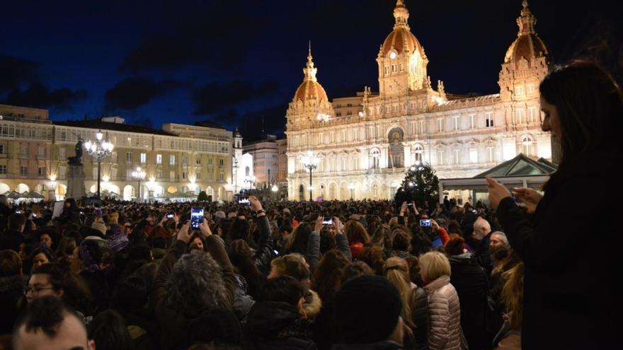 Final de la  primera de las dos manifestaciones feministas de la tarde del 8M en A Coruña