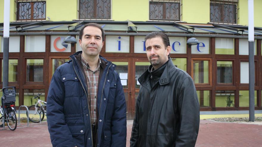 Javier Uche (izqda) y Javier Zarazaga (dcha), dos de los creadores.