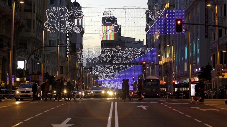 Normalidad en el primer día de cortes de tráfico por Navidad ayer en Madrid