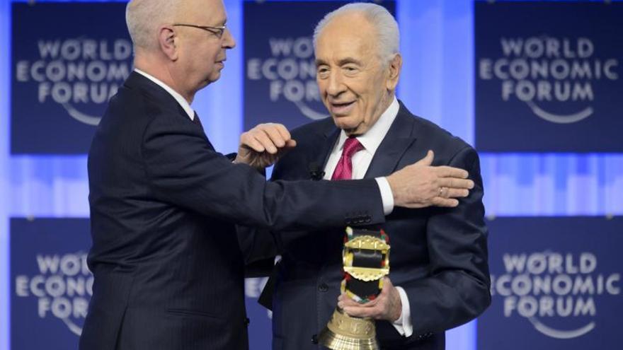 """El presidente de Israel recibe el premio """"Espíritu de Davos"""""""
