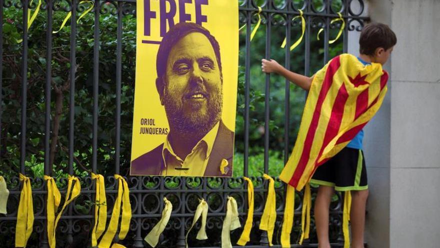 Cartel en favor de la libertad de Junqueras