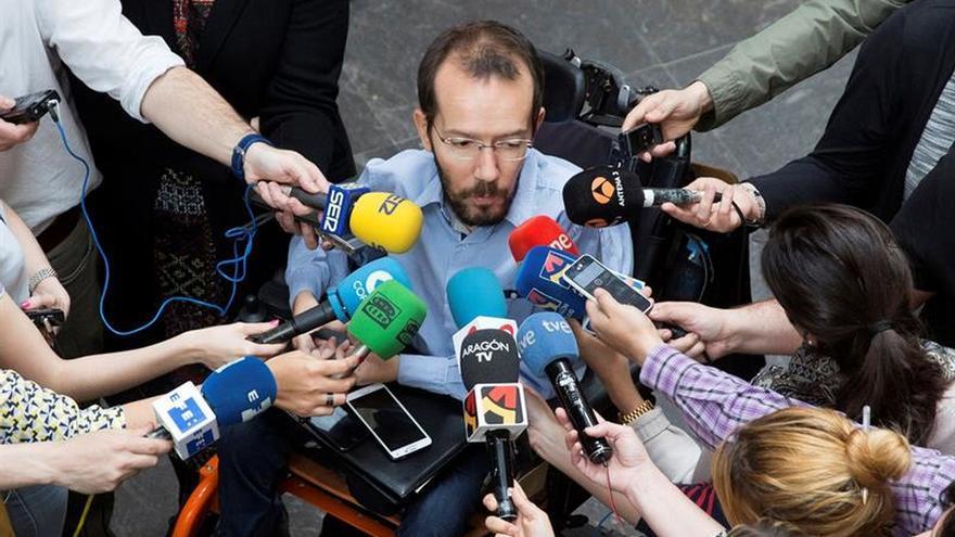 Las bases de Podemos respaldan masivamente ir con IU a las elecciones