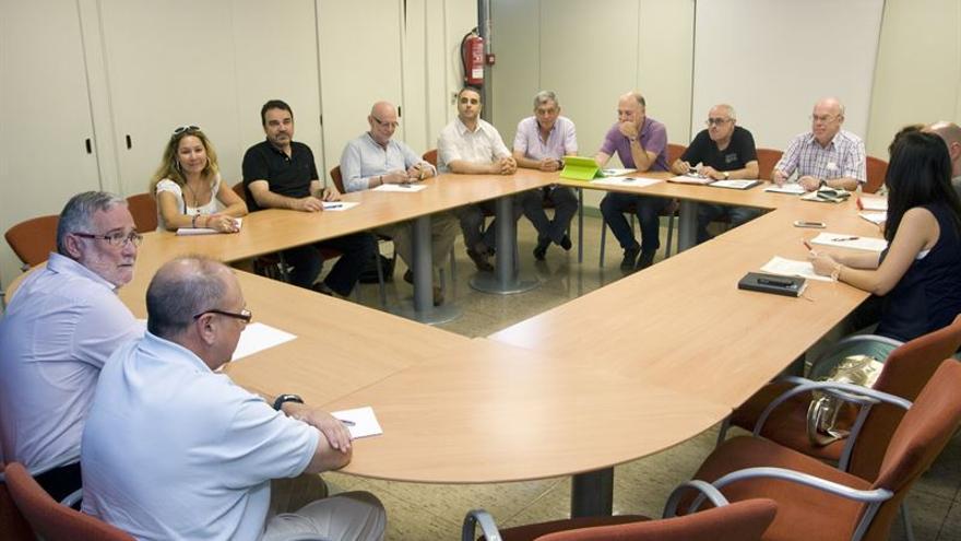 Ramón Ruiz ha mantenido una reunión con los miembros de la Junta de Personal Docente de Cantabria.
