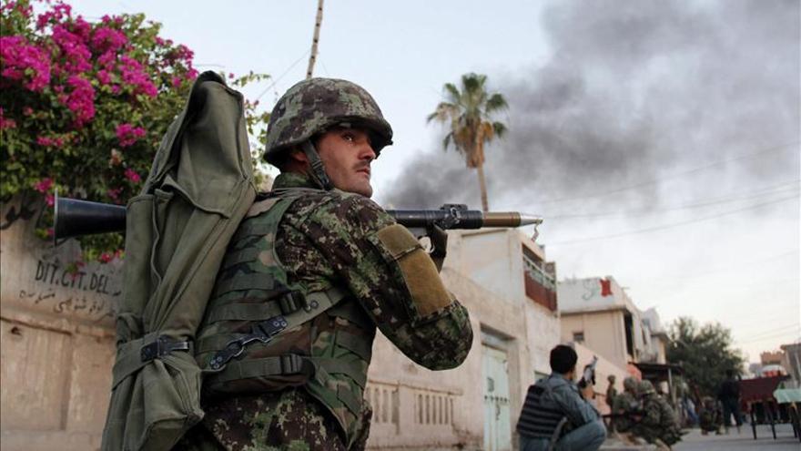 Los talibanes niegan su implicación en el ataque a la Cruz Roja en Afganistán