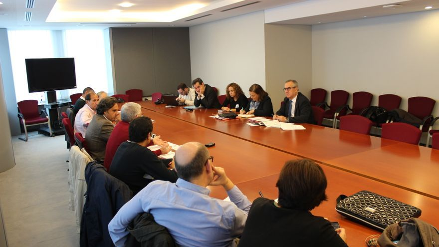 Inés Ayala en la reunión con la delegación murciana en el Parlamento Europeo / PSS
