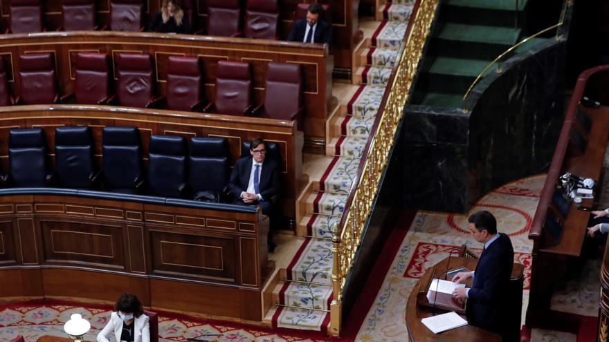 El presidente del Gobierno, Pedro Sánchez, durante su intervención en el pleno del Congreso este miércoles donde se autorizará otra prórroga del estado de alarma solicitada por el Gobierno