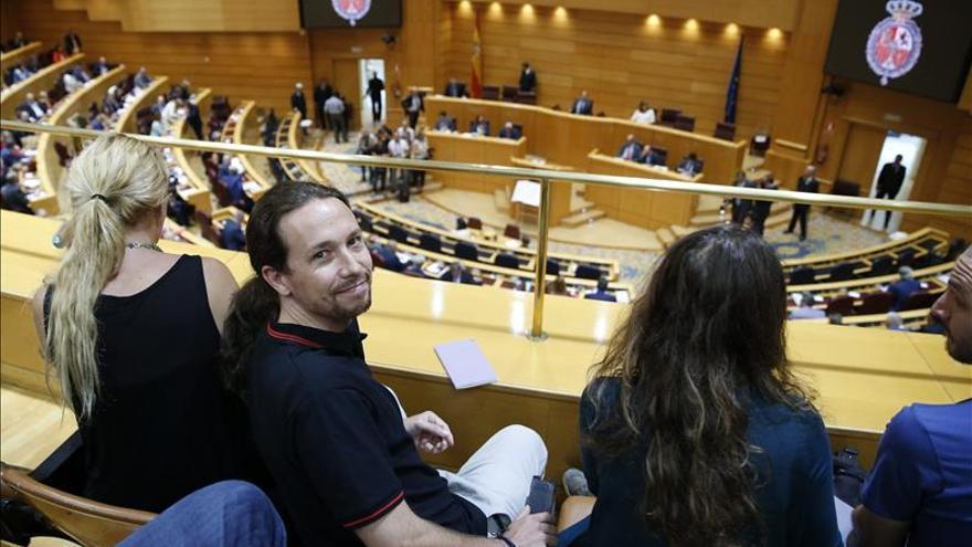 """Iglesias critica que el PP actúe con """"amenazas"""" con propuestas como la del TC"""