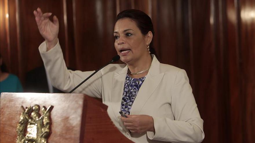 Allanan propiedades de la exvicepresidenta Roxana Baldetti en Guatemala