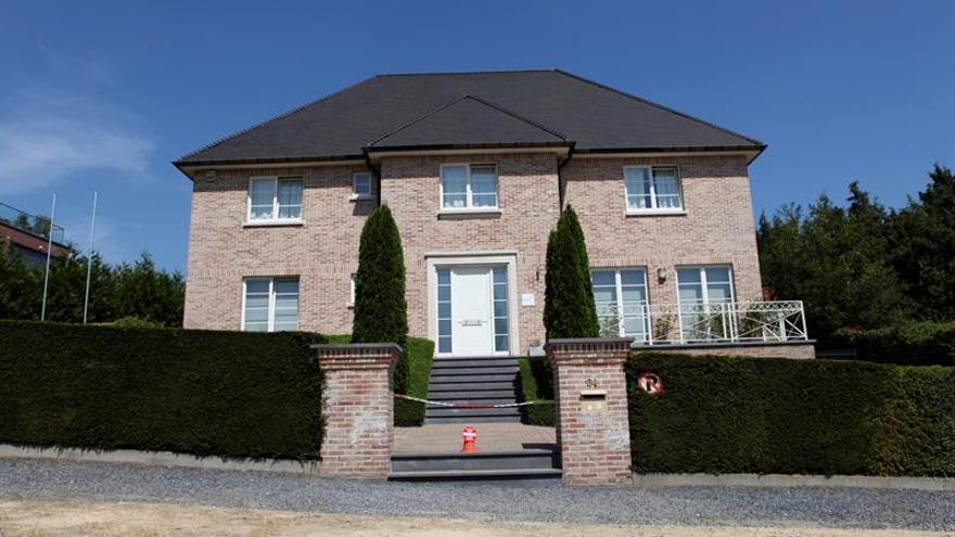 Puigdemont vive en la 'casa de la República' de Waterloo