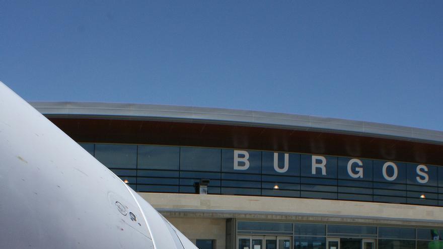 Aeropuerto de Burgos / Javier Ortega Figueiral