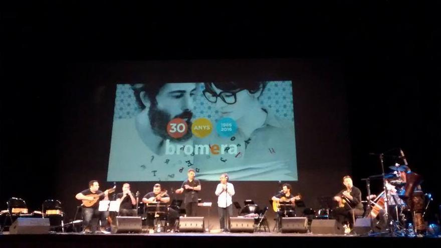 El Teatre Principal acogió la gala solidaria de Bromera