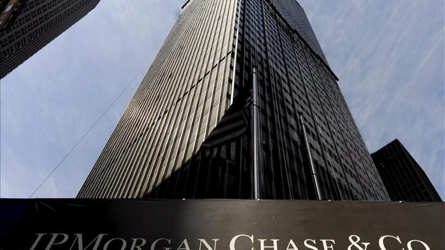JPMorgan gana 17.923 millones de dólares en 2013, un 16 por ciento menos