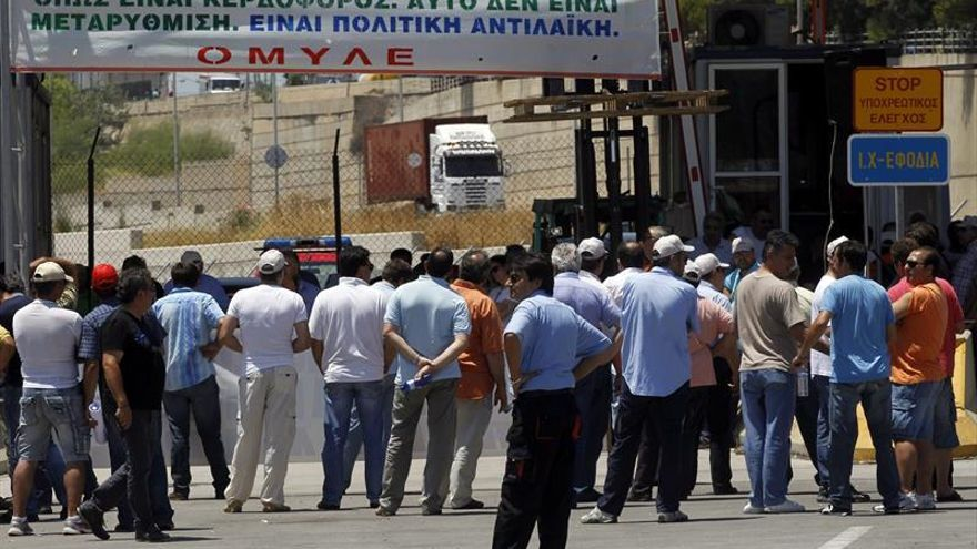 CE pide multa de más 6 millones a Grecia por ayuda a astilleros no recuperada