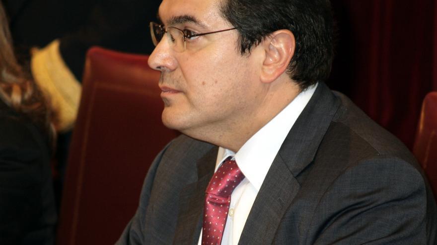 """El representante de CiU en la Mesa del Congreso defiende la """"intachable"""" labor de Duran en la Cámara Baja"""