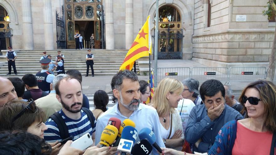 """Cuixart (Òmnium) dice que parece """"una involución histórica"""" reivindicar el derecho a voto"""