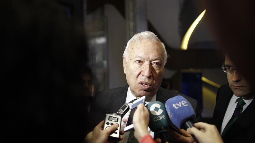 """Margallo encuadra las muertes en el Mediterráneo en la """"inmigración económica"""" y rechaza su consideración de asilados"""