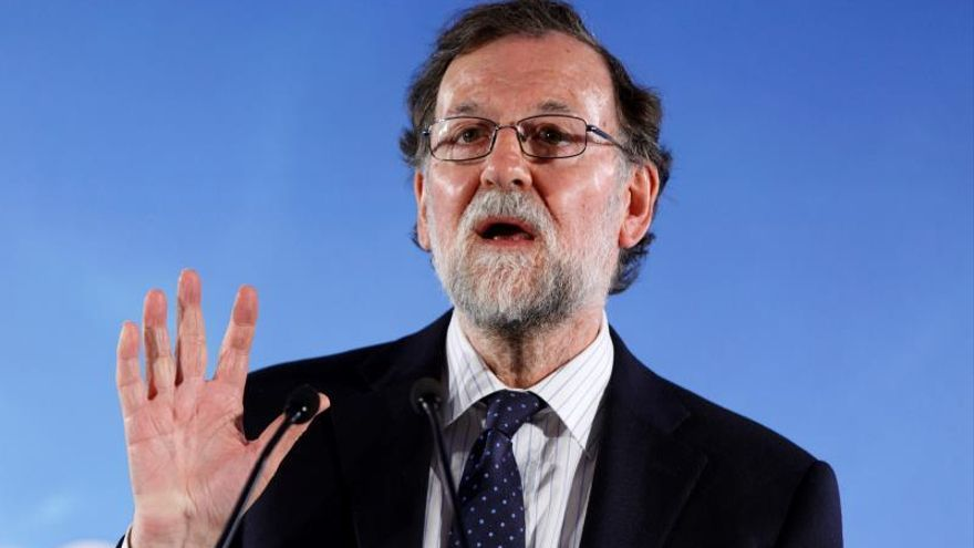 Rajoy reivindica la defensa de la libertad y del progreso del PP vasco