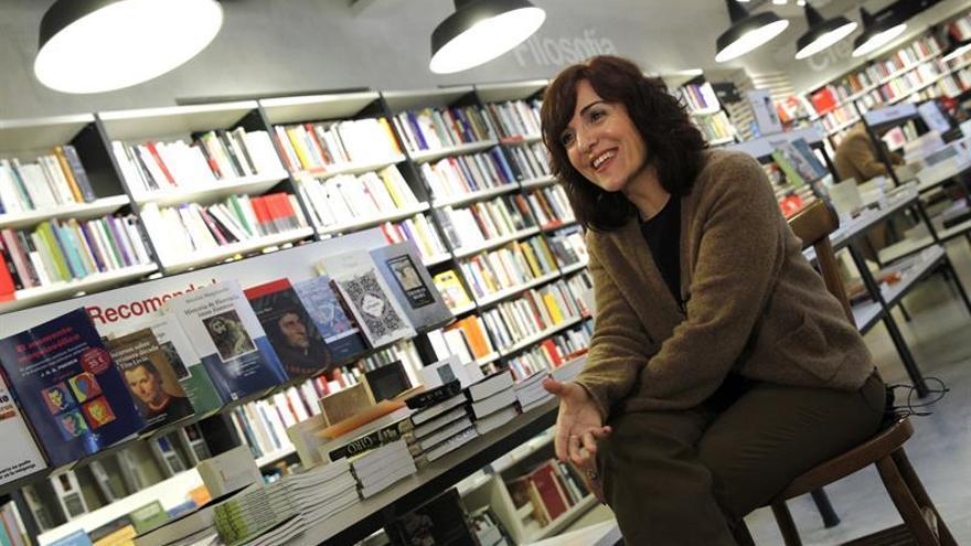 """Elvira Lindo: """"En España hay desconfianza hacia el que se va porque quiere"""""""