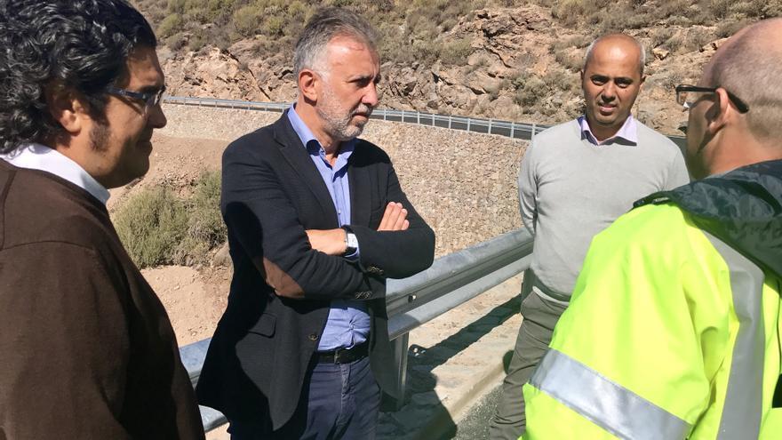 Apertura de la carretera que une Ayacata con Mogán
