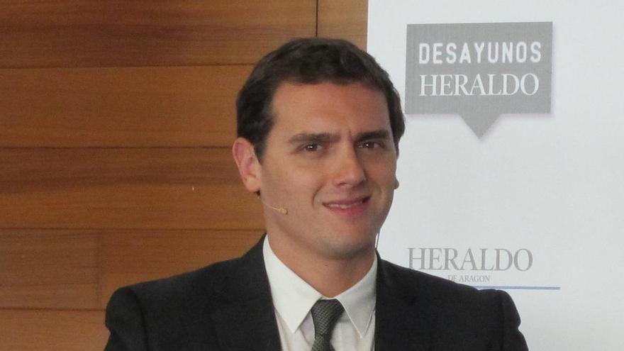 """Rivera sostiene que ganar las generales es """"mejor antídoto"""" para """"descarrilar el proceso separatista"""" de Cataluña"""
